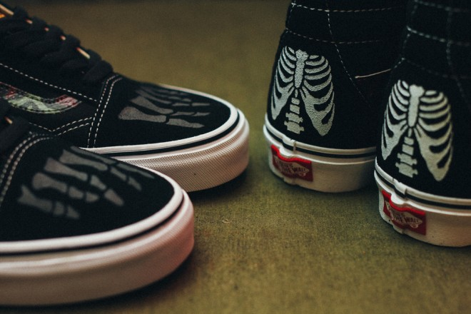 Custom+Vans+by+Mr.+SBTG+%22Anarchy+&+Chaos%22+Sk8+Hi+and+Old+Skool+for+Cover+by+Crossover-5